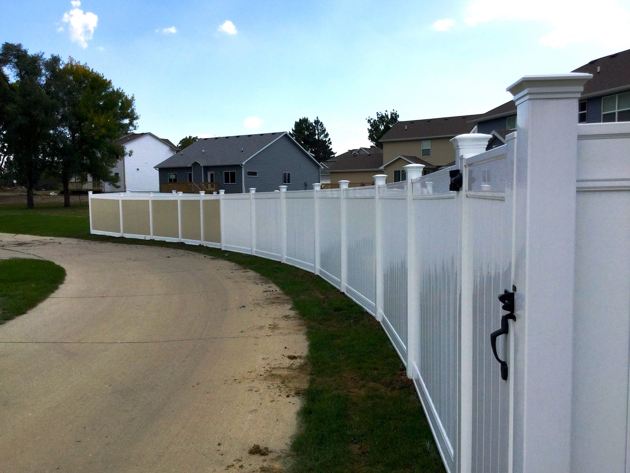 6' Vinyl Privacy - Two Neighboring Choices